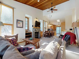 Spacious mountain townhome w/ deck, patio & fireplace - close to skiing & golf!