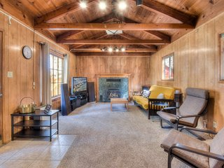 Great South Lake Home Close to Heavenly w/Yard!