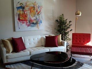 Dlx. 1-Bedroom Palm Springs Condo/Renovated with Great Views!  Smoke Tree