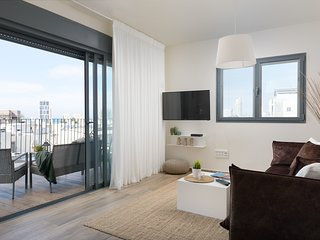 BEST LOCATION/SEA VIEW for this AMAZING APART
