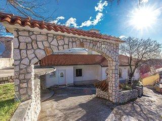 3 bedroom Villa in Praputnjak, Primorsko-Goranska Županija, Croatia : ref 554291