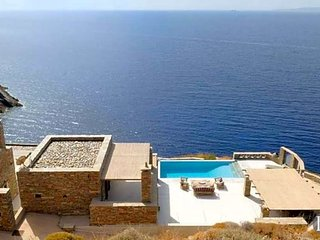5 bedroom Villa in Mavrampéli, Greece, Greece : ref 5433455