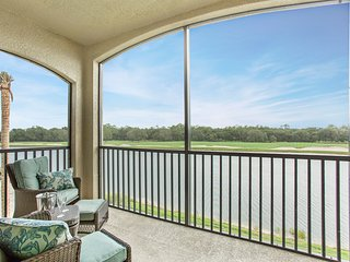 Lakewood National Golf-Beautiful Sunrise Point condo