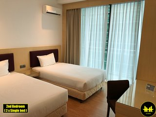 Luco Apartments, Imperial Suites 0903