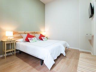 Triana Bella Suites - Almendro. Habitación doble con baño+TV+WIFI