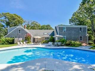 #517 Endless Summer: Private pool, updated, minutes from Skaket Beach!