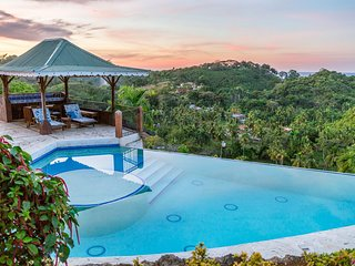 Monte Placido-F, Hilltop Residence, Ocean View, Pool, Near Beaches, YOGA
