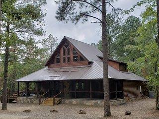 Brand New! Fire Dancer Cabin!  4 BR; 5 Bth; Loft; Game Room; Hot Tub; Fire Pit