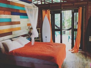 Tree Bungalow at Surf Break at Paunch