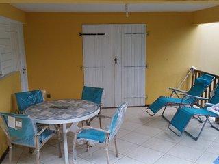 Kanelgite, très bel appartement dans villa créole