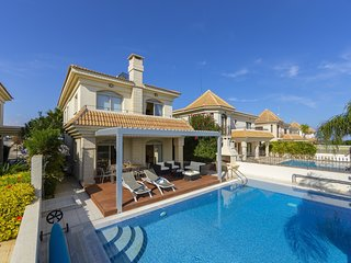 3 Bedroom Seafront Villa in Kapparis