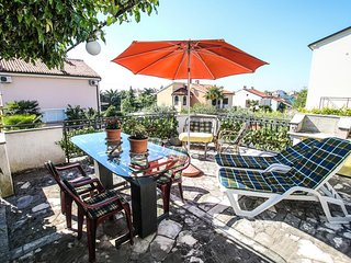 Porec Apartment Sleeps 6 with Air Con - 5466763