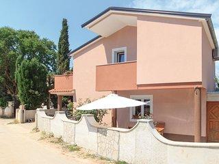 3 bedroom Villa in Valdebek, Istarska Županija, Croatia - 5564667