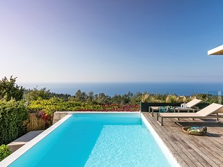 Extravagant Luxury Villa with Private Pool, Panoramic Sea View and Dreamy Sunset