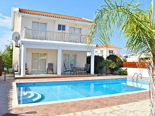 Coral Bay Prime Location- 3 Bed Villa-Private Pool