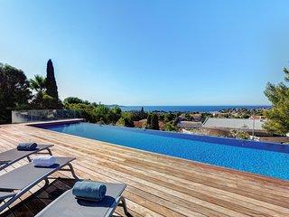 Appartement 165m2 vue mer piscine, clim, draps et ménage inclus, 5*