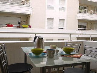 Herold - a modern one bedroom apartment in central Nice