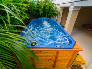 Tranquil Tarpon Cottage - Giant Swim Spa