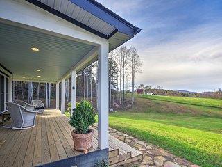 Charming Fairview Home on 40-Acre Horse Farm!