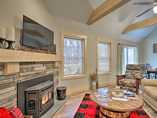 1-Acre Madison Ski Home w/Lake Access by Cranmore!