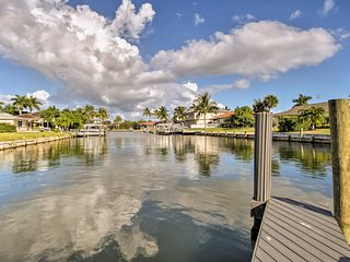Marco Island Home w/Pool Near Tigertail Beach