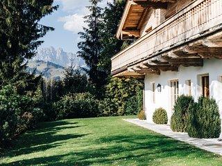 Chalet in Kitzbühel  is a Family or Friends  Ski Fantasia