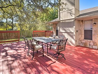Elegant N. Austin Home w/ Deck-by Greenbelt & DT!