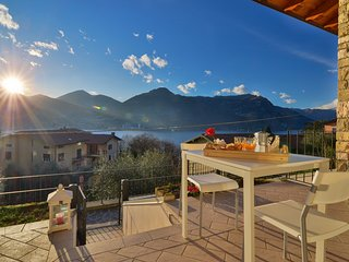 Vega/80662 - Bright apartment with lovely lake Iseo views
