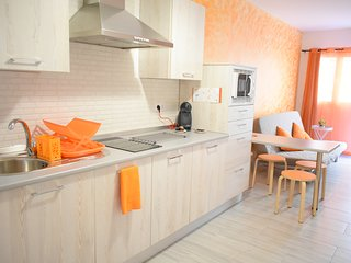La Siezzzta: newly refurbished 2 bedroom apartment in city center with terrace