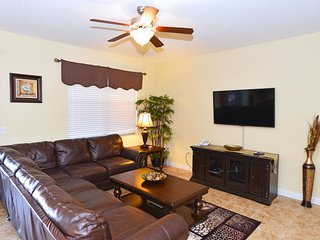 Well Priced 8BR 5Bth Resort Home with Private Pool and Pool Table