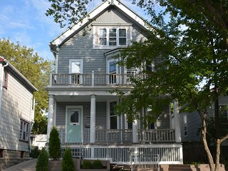 Large Victorian in Perfect Location!
