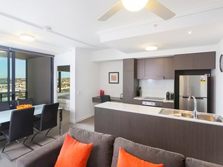Keeping Cool on Connor - Executive 2BR Fortitude Valley apartment with pool and