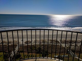 Oceanfront One Bedroom Suite~Palms 1006