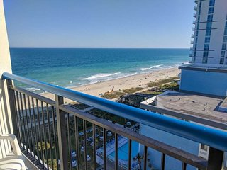 Oceanfront 2 Bedroom 3 Bath Suite at Boardwalk Resort~Sleeps 10 Boardwalk 1139 &