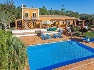 Casa Barroca. Five Bedroom Villa with Pools, Between Almancil and Loule