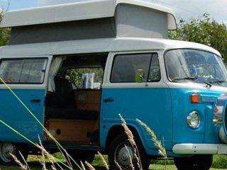 VW Camper Hire - Syke T2 Camper Van