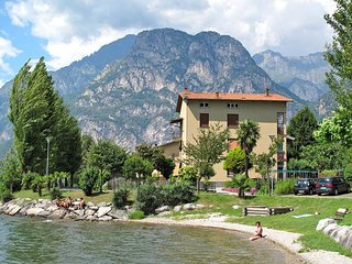 3 bedroom Apartment in Riva, Lombardy, Italy - 5436840