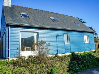 2 bedroom Villa in Kernaléguen, Brittany, France : ref 5586048