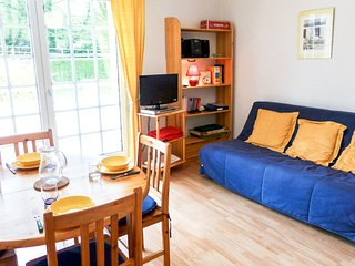 1 bedroom Apartment in Villers-sur-Mer, Normandy, France : ref 5513493