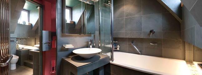 Stylish, modern bathroom.