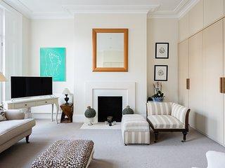 Luxury | Bright & Quiet Flat | Chelsea | Earls Court | Fulham Road