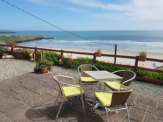 Idyllic Inchydoney Island Beach Cottage - wonderful views, self-catering, cozy