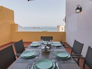 Alfama Terrace w/ Tagus River Views