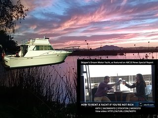 Luxurious Motor Yacht, Fun Hotel/B&B Alternative, California Delta, Stockton CA