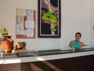 • Hostal CASA BLANCA  está ubicado en una zona privilegiada Tarapoto - peru