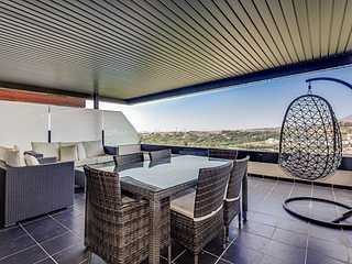 Amazing apartment with panoramic viewis