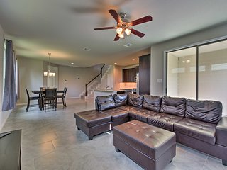 NEW! Rosenberg Townhome by Brazos Town Center!
