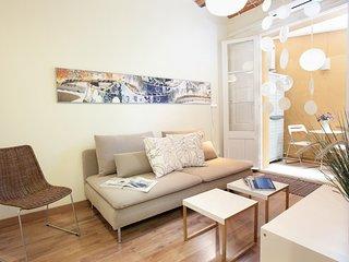 Charming apartment w/wifi in Gracia