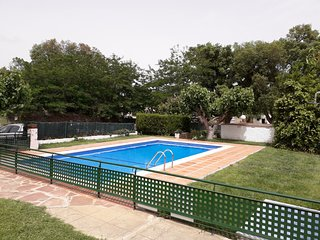 ANNA MARIA APARTMENT, COMMUNITY SWIMMING POOL AND TENNIS