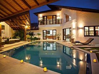 3 BDR villa with nice pool and garden in heart of seminyak